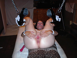Housewife on Chain