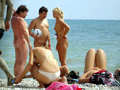 Nudist Walleyball Pl..