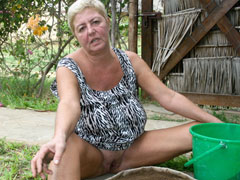 Granny naturism photos for that