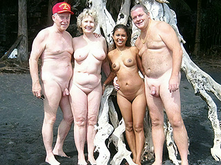 Naturists w. Age Differenc..