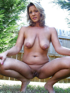 Real milf porn pictures