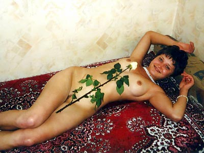 Nude Girls with Flowers